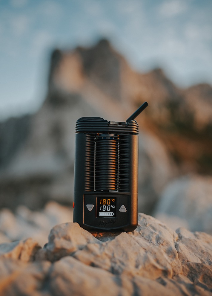 Dry herb vaporizer in nature